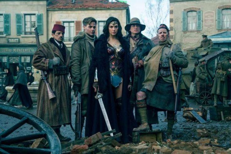 wonder-woman-equipe-heros